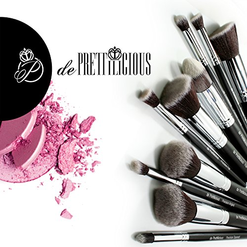 de Prettilicious Kabuki Makeup Brush Set with Brush Cylinder