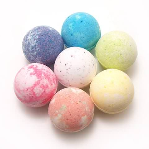 *HOT* Get A Free Bath Salts Boutique Bath Bomb!