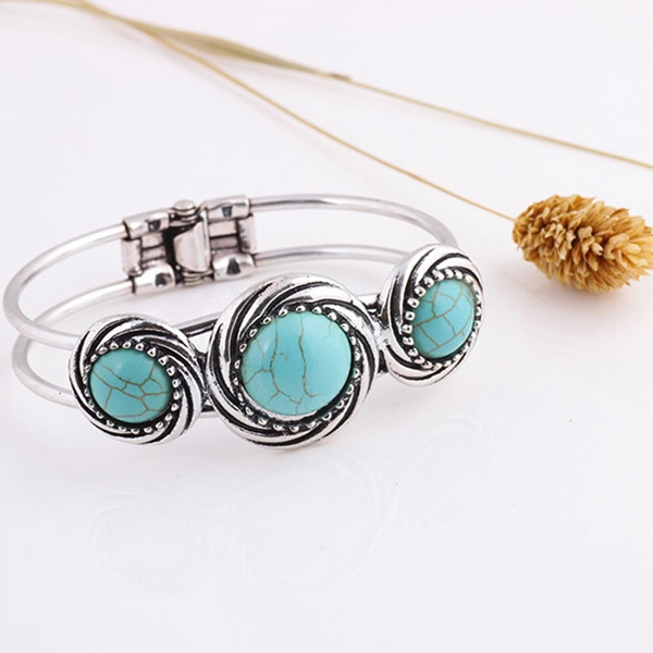 Get A Free Bohemian Style Retro Cute Plating Lady Bracelet Turquoise Circle!