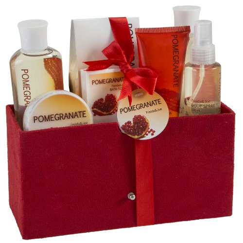 Pomegranate Bath Spa Gift Set in Red Velvet Rich