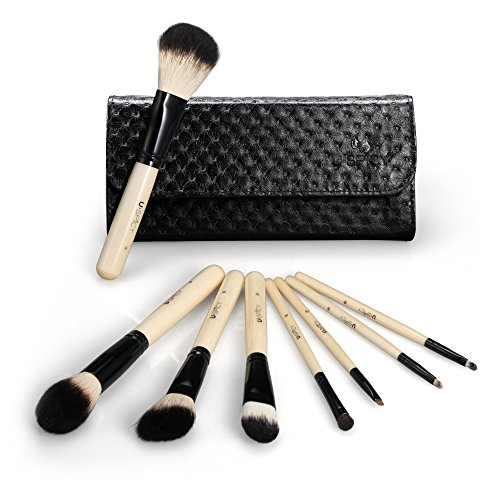 USpicy 8 Pieces Wooden Handle Make Up Brush Set