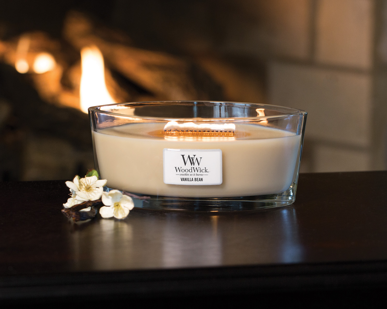 Send a FREE WoodWick Candle to a friend!