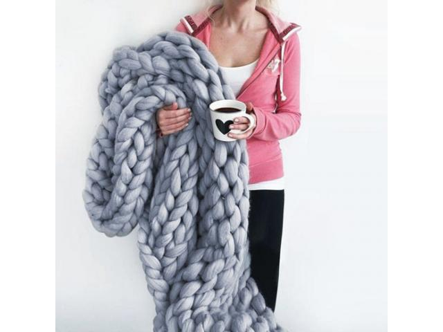 Free Extreme Chunky Knitted Blanket!