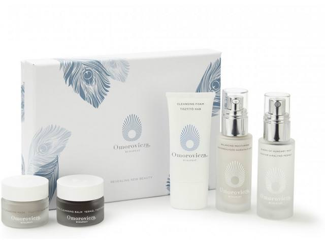 Get 4 Free Omorovicza Beauty Samples!
