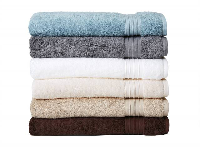 Get A Free Welspun Towel / Bathrobe / Bed Sheets!